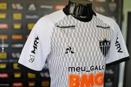 Nova camisa da comissão técnica do Galo (Foto: Divulgação/Atlético-MG)