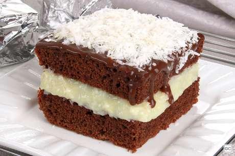 Guia da Cozinha - 11 Receitas de bolo gelado para vender e faturar uma grana