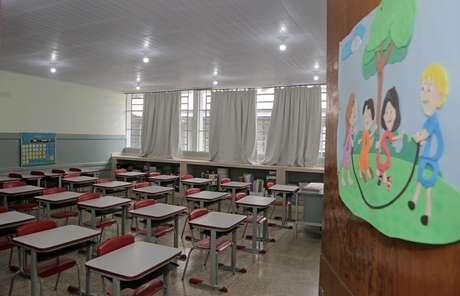 Escolas estão fechadas durante a pandemia do novo coronavírus