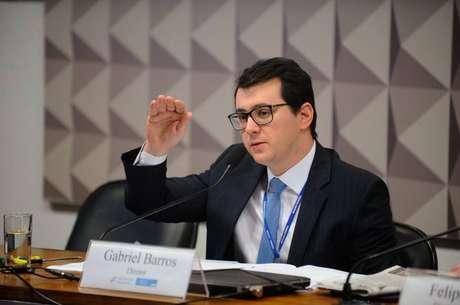 Gabriel Leal de Barros, do BTG Pactual, defende a realização de reformas para evitar que teto estoure.