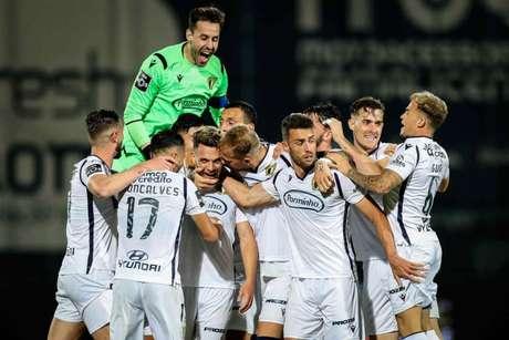 Zebra passeou em Braga e Famalicão venceu o Porto na volta da Liga NOS (Foto: JOSE COELHO / AFP)