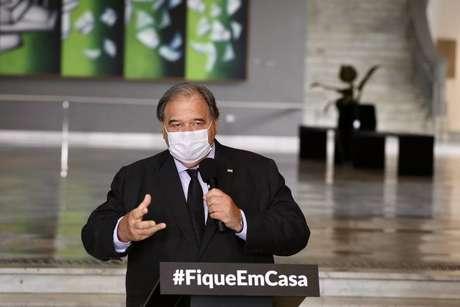 José Henrique Germann, secretário estadual da Saúde de São Paulo, em entrevista coletiva no Palácio dos Bandeirantes