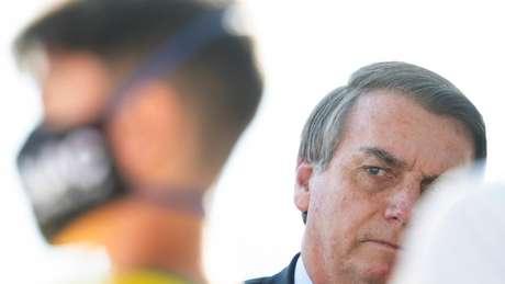 'Não podemos deixar que o Brasil se transforme no que foi há pouco tempo o Chile', afirmou Bolsonaro sobre manifestações que estão sendo planejadas para domingo