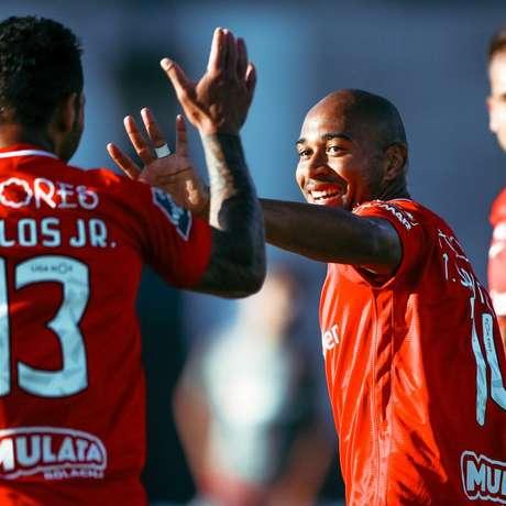 Thiago Santana marcou dois gols na vitória do Santa Clara diante do Braga (Foto: Divulgação/Liga de Portugal)