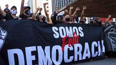 Torcidas antifascistas de Palmeiras e Corinthians foram às ruas em prol da democracia (Oam Santos/Fotos Públicas)