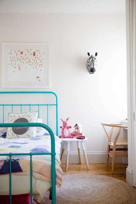 10. Decore o quarto infantil com um lindo criado mudo. Fonte: Pinterest