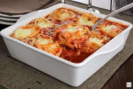 Guia da Cozinha - 7 receitas de macarrão de forno para inovar na cozinha