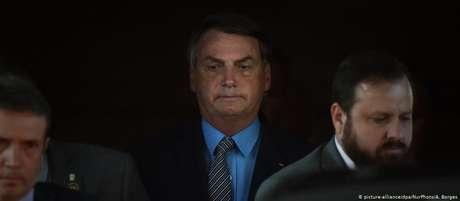 TCU vai investigar gastos do cartão corporativo de Bolsonaro
