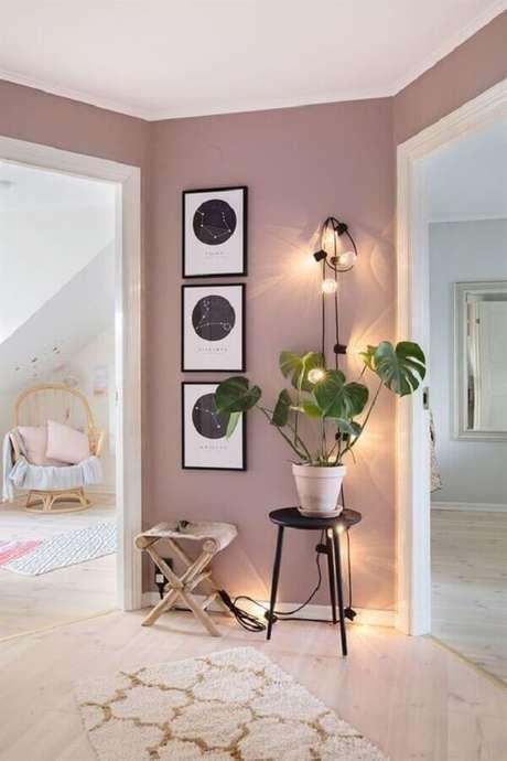 10. Casa decorada com tinta rosa pastel – Foto: Pinterest