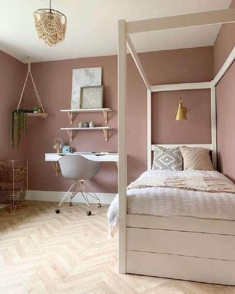 49. Quarto feminino planejado moderno decorado na cor rosa quartzo – Foto: Pinterest