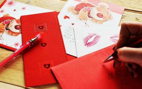 Envie um correio elegante para seu crush! - Crédito: Breakingpic/Pexels