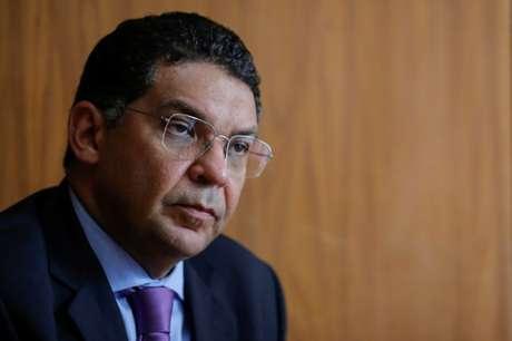 Rombo nas contas públicas pode superar R$ 800 bilhões neste ano, diz Mansueto