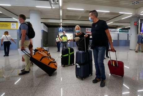 Durante reabertura, turistas brasileiros não serão aceitos na Europa 15/06/2020 REUTERS/Enrique Calvo