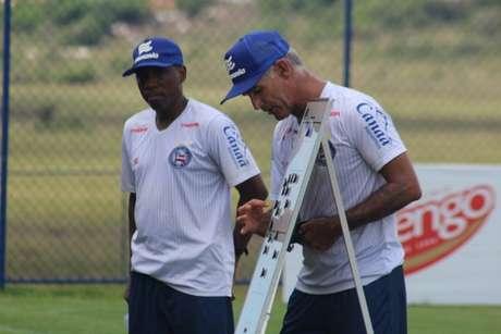 Carlos Amadeu passou pelo Bahia como jogador e treinador (Foto: Divulgação)