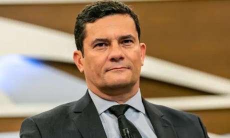 """Sergio Moro """"poderá dizer o que pensa sobre o contexto nacional"""", afirmam seus novos empregadores"""