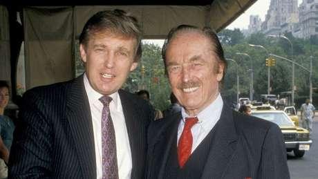 Donald e seu pai, Fred, em 1988 no The Plaza Hotel em Nova York