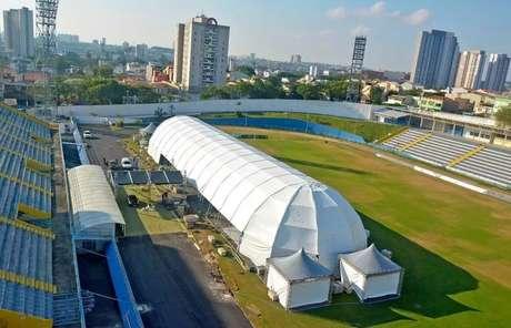 Estádio transformado em hospital de campanha força Santo André a buscar outra sede