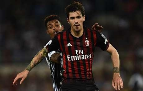 Na atual temporada, Romagnoli participou de 29 partidas, não marcou gols e nem deu assistências(Foto: AFP)