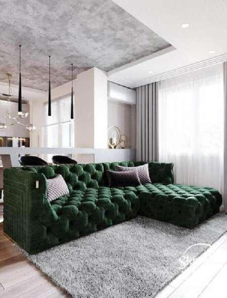 22. Lindo modelo de sofá para sala verde e cinza moderna – Foto: Pinterest