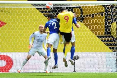 Leicester e Watford protagonizaram jogo pegado (ANDY RAIN / POOL / AFP)