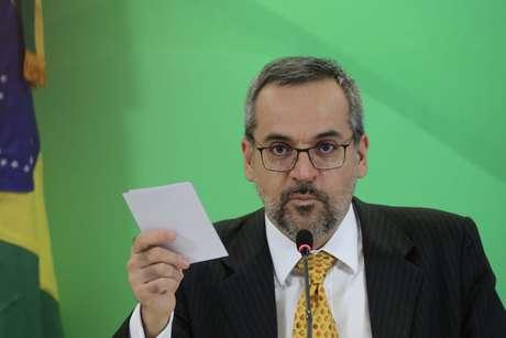 Abraham Weintraub deixou o Ministério da Educação para assumir cargo no Banco Mundial