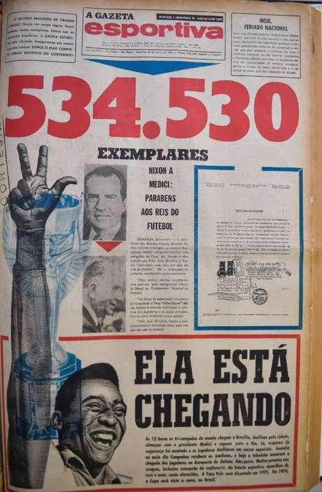 Reprodução da capa do jornal A Gazeta Esportiva do dia 23 de junho de 1970, com o título: 534.530 exemplares (Foto: Reprodução)