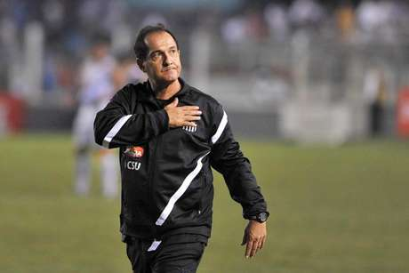 Muricy foi campeão da Libertadores com o Santos em 2011 (Foto: Arquivo Lance)