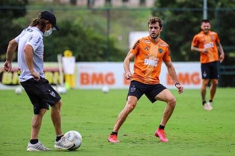 Os treinos seguem normais no CT alvinegro com mais uma semana sem a presença do vírus no elenco-(Pedro Aleixo/Atlético-MG)