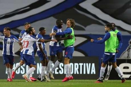 Marega foi o grande destaque da partida com dois gols e boa atuação (JOSE COELHO/AFP)