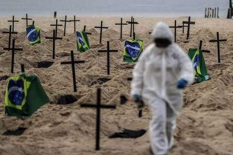 No total, o Brasil tem 1.145.906 contágios confirmados desde o início da pandemia