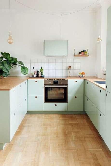 23. A cozinha verde menta combina muito com uma decoração retrô – Foto: Pinterest