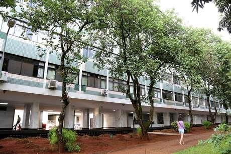 Fachada do prédio do Ibama em desuso, localizado no SQS 309 Bloco A, em Brasília (DF)