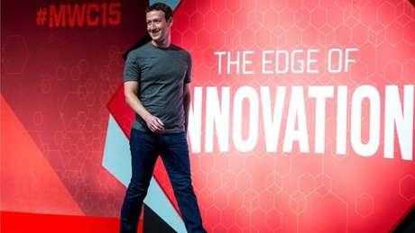 Mark Zuckerberg administra um conglomerado de negócios que inclui Facebook, Instagram e WhatsApp