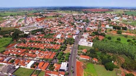 Moradores de Mendonça, no interior de São Paulo, terão toque de recolher, após segunda morte por coronavírus.