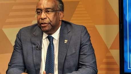 De perfil mais moderado que seu antecessor, Decotelli é um acadêmico e também o primeiro ministro negro de Bolsonaro