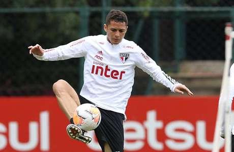 O Botafogo fez uma tentativa pelo zagueiro Anderson Martins, mas o São Paulo não tem interesse em vender o jogador (Foto: Divulgação/Rubens Chiri)