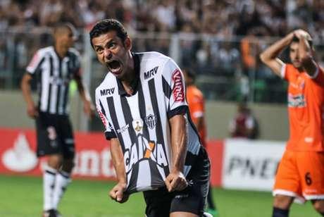 Finalmente a disputa de Fred, que já deixou Galo e Raposa, poderá ter uma conclusão-(Foto: Bruno Cantini/Atlético-MG/divulgação)