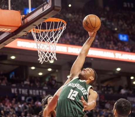 Ala Jabari Parker, do Milwaukee Bucks 11/12/2015 Peter Llewellyn-USA TODAY Sports  / Reuter