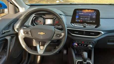 Interior do novo Tracker é muito bem resolvido, com instrumentos e multimídia eficientes.