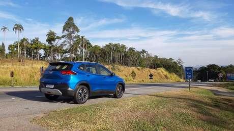 Nova geração do Chevrolet Tracker é mais estradeira do que off-road.