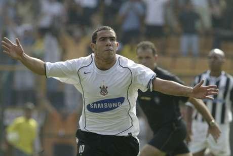 Tevez cogitou se aposentar no Corinthians em entrevista à rádio da Argentina (Foto: Reginaldo Castro/Lancepress!)