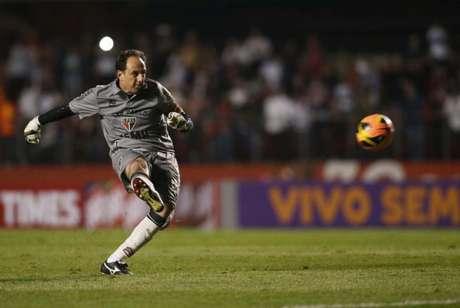 Ceni nasceu no Paraná e é o artilheiro do clube no estado, com 131 gols marcados (Foto: Tom Dib/Lancepress!)