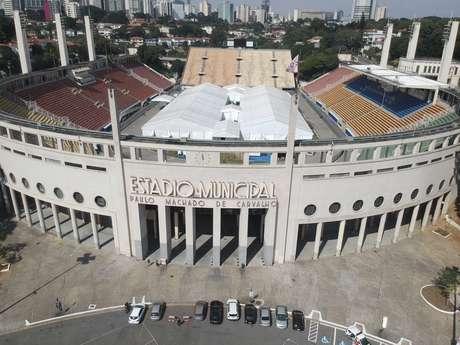 Imagem feita com um drone mostra o Estádio do Pacaembu, na zona oeste da cidade de São Paulo