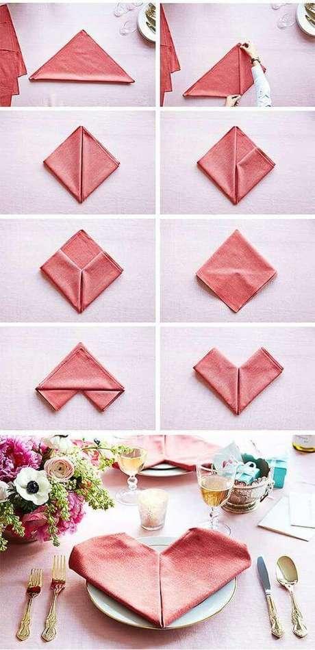4. Como dobrar guardanapo em formato de coração – Via: Pinterest