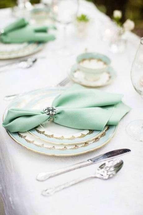 26. Guardanapo de tecido verde – Via: Pinterest