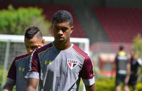 Léo Natel foi criado na base do São Paulo e agora jogará no Corinthians (Foto: Érico Leonan/saopaulofc.net)