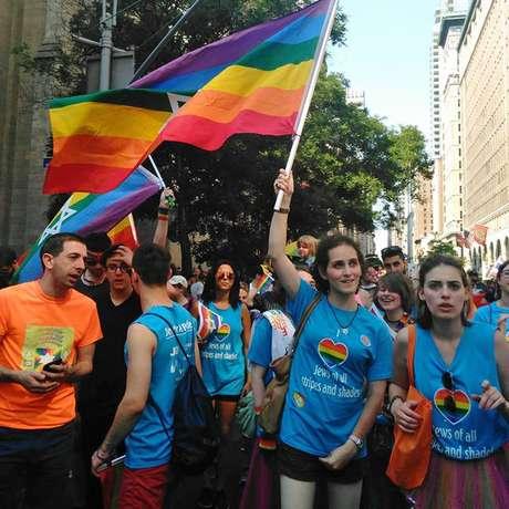 Abby participou de grupos com judeus LGBT