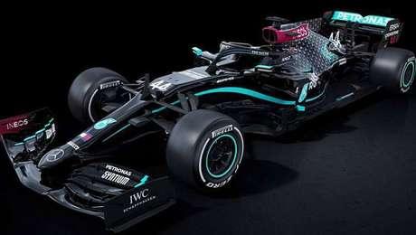 Contra o racismo, Mercedes vai correr com carro todo pintado de preto em 2020