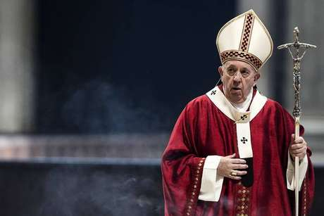 Papa Francisco celebrou missa de São Paulo e São Pedro nesta segunda-feira
