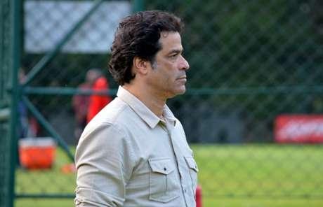 Raí conversou com os jogadores pela manhã nesta segunda - FOTO: Érico Leonan/saopaulofc.net